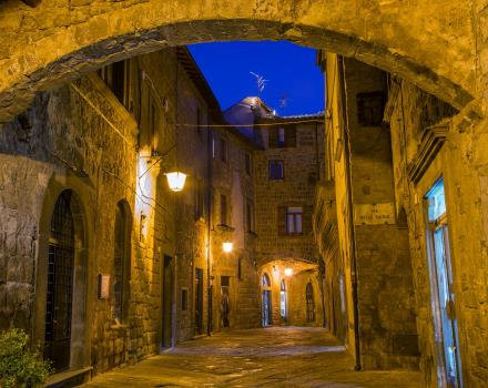 Art, history and beauties in Viterbo: book your stay at Hotel Viterbo