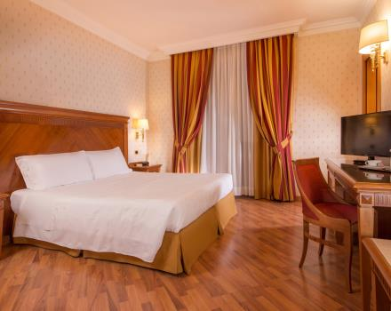 Discover the rooms of our 4 star hotel in Viterbo!